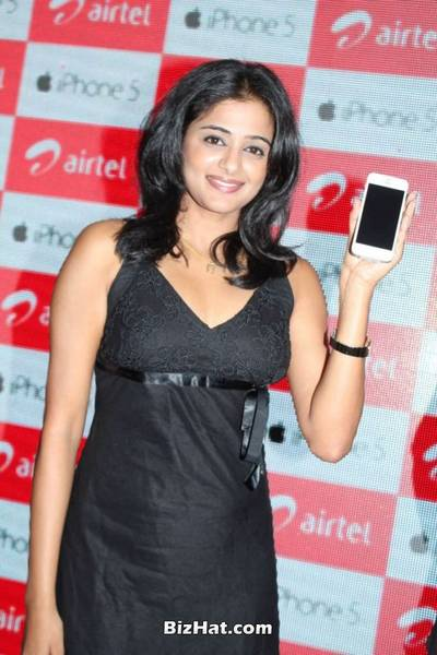 Priyamani hot photos at Apple iPhone Launch