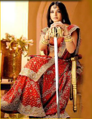 Anushka-playing-Rani-Rudrama-Devi-Role1