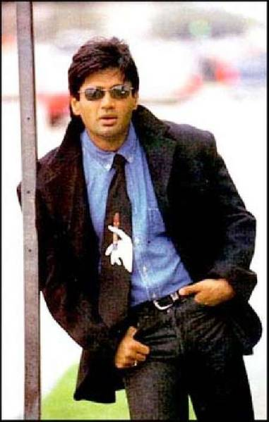 sunil-shetty-robbed-in-south-africa-9726