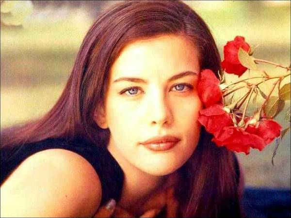 Liv_Tyler_Hot_Picture_06