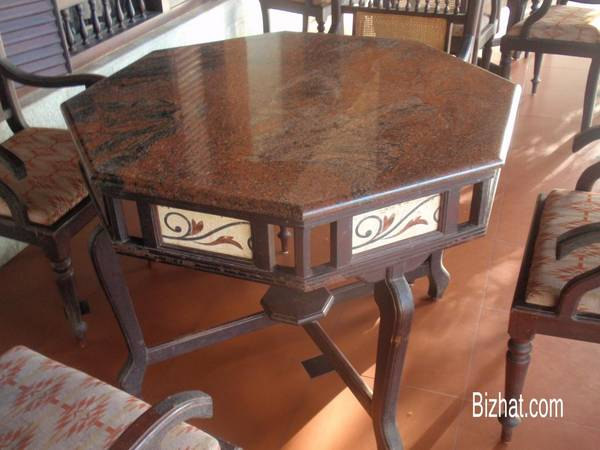 Kalpakavadi restaurant - vintage furniture