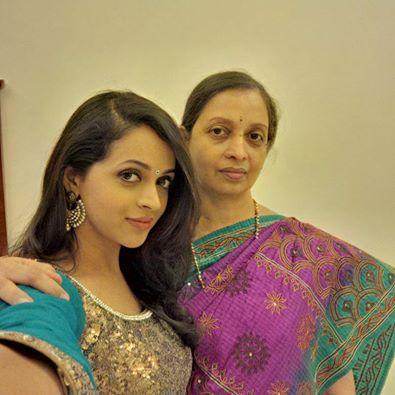 Bhavana_with_mom1