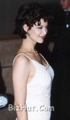 Catherine-Bell-75