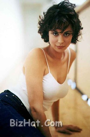 Catherine-Bell-78