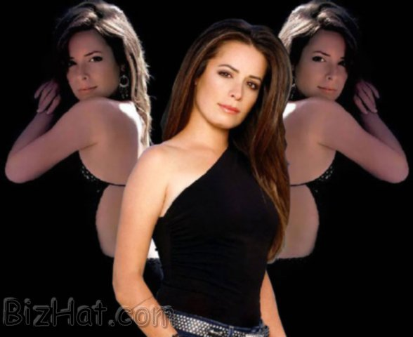 Holly-Marie-Combs-37