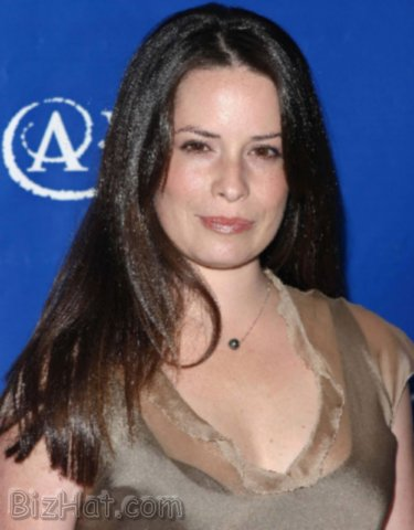 Holly-Marie-Combs-8