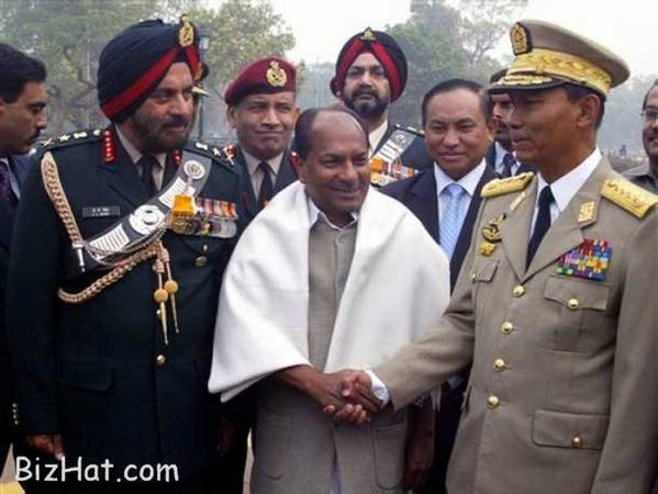 Gen JJ Singh with Defence Minister AK Antony