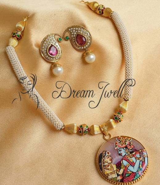 Necklace_--023