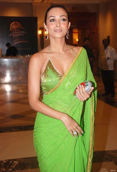 Malaika-Arora-Khan-in-saree
