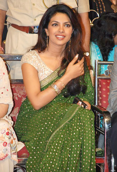Priyanka-in-green-Saree
