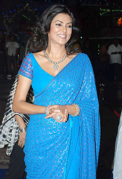 Sushmita-Sen-in-saree