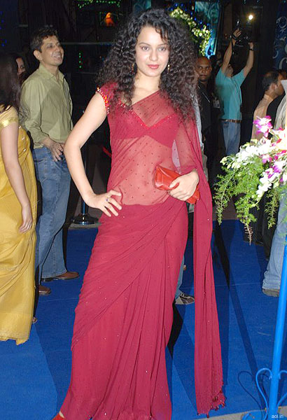 kangana-ranaut-in-red-saree