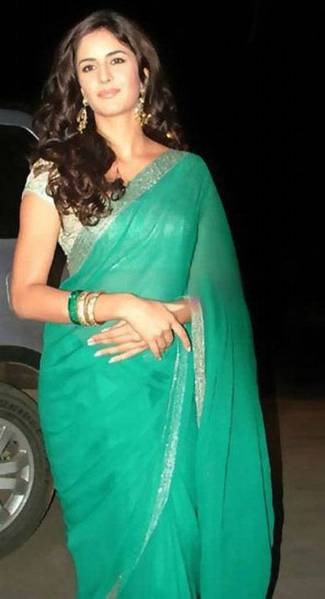Bollywood Actress In Saree