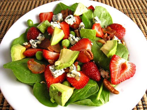 Strawberry_and_Avocado_Spinach_Salad_500