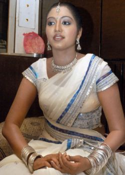 gopika-hot-actress-pics-wallpapers-6