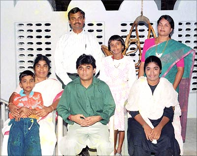 A_R_Rahman_Family_Photo_