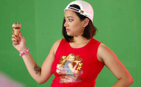 Swetha Basu hot spicy photoshoot