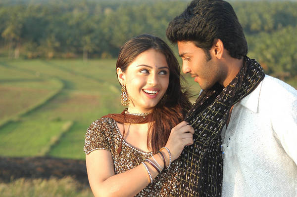 Romantic stills from Appavi