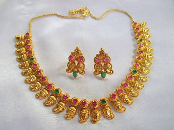 gold_Sivam_necklace2_