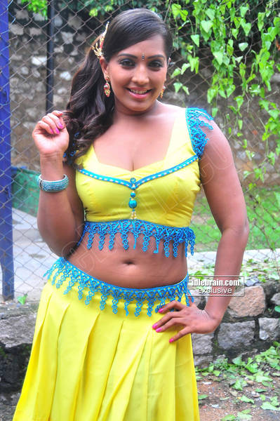 Meghna Naidu Pictures