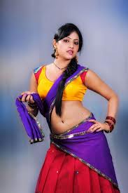 Actress_in_Halfsaree3