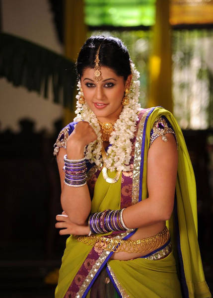 Taapsee-photos-_8_