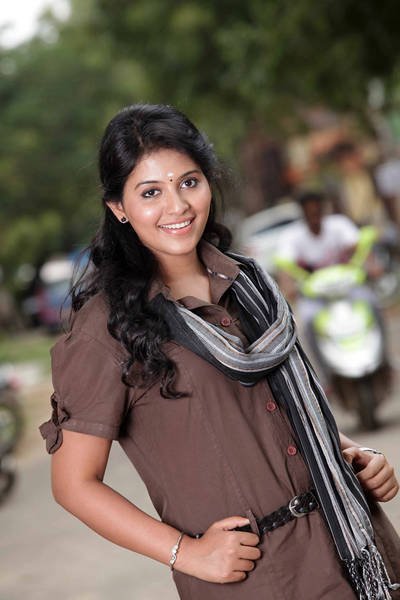 anjali-latest-stills-41