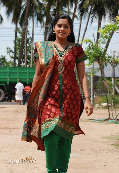 Ananya Engeyum Eppodhum Tamil Movie Stills