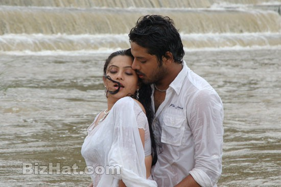 Naanum-En-Kaadhalum-movie-Stills