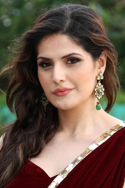 Zarine-Khan-stills246