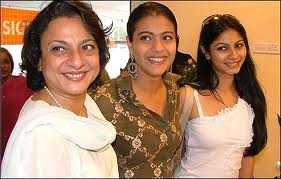 kajol-with_her_mother