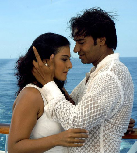 kajol_hot_stills_4_