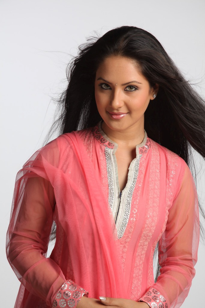 Actress Pooja Bose Latest Photo Gallery