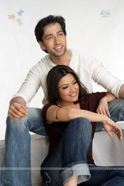 nakuul-mehta-and-amita-pathak