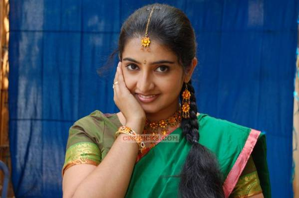 serial-actress-sujitha-120
