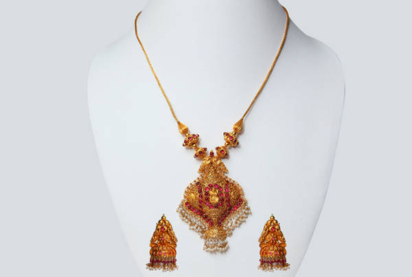 Simple Fashion Gold Necklace
