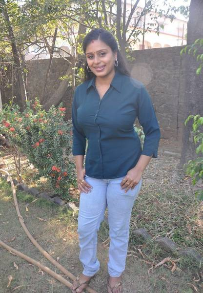 Latha_Rao_Serial_Actress_Photos_9_