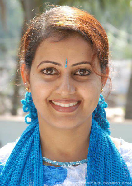 ANITHA_Malayalam_Serial_Actress_Pictures-a1