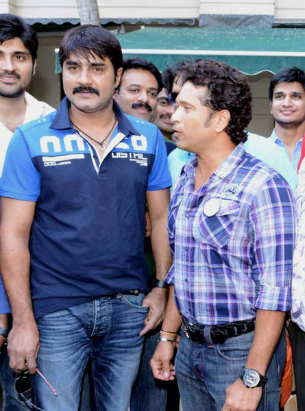 Telugu Warriors Team meet Sachin