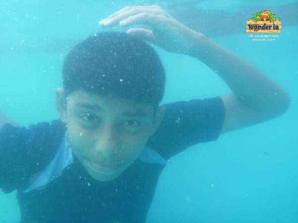 underwater photos wonderla