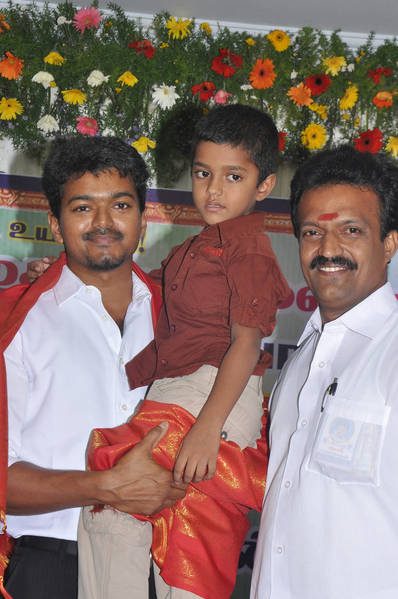 Ilayathalapathy-Vijay-Award-Ceremony-44