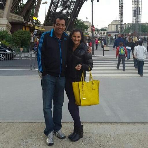 Sania_Mirza_with_father