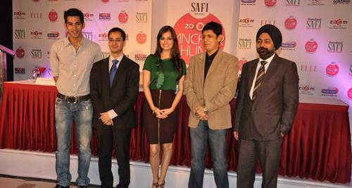 dia-mirza-launches-zoom-anchor-hunt-2011-stills018