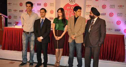 dia-mirza-launches-zoom-anchor-hunt-2011-stills019